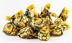 Caramelos rellenos con miel